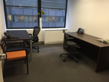 Windowed-Office-Midtown-East